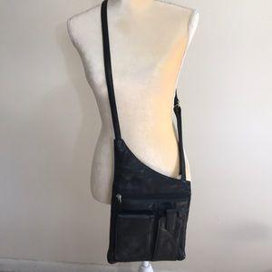 Ili NY Genuine Leather Crossbody Bag